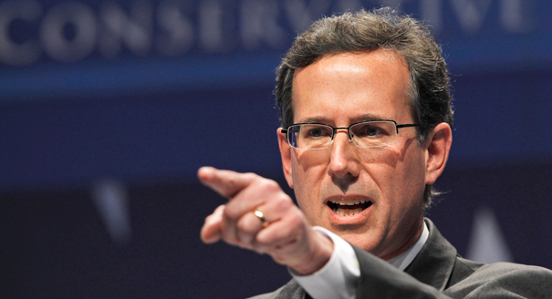 Santorum Relishes the Role of Underdog