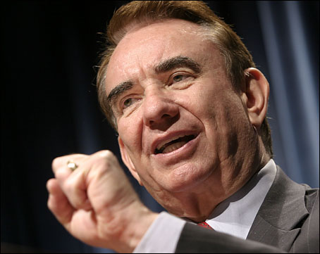 Tommy Thompson Eyes Herb Kohl's Senate Seat in Wisconsin