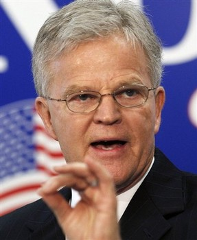 Roemer's Message Seductive, But He Can't Close The Deal