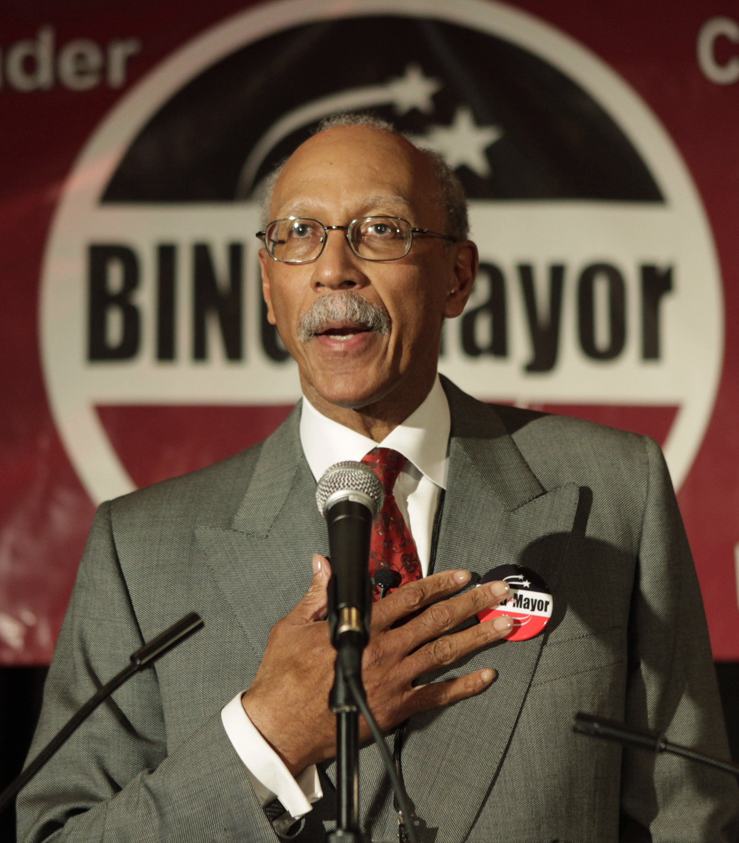 25 30 Www Bing Com: Dave Bing Opts Out Of Crowded Detroit