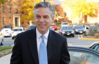 Jon Huntsman Considering Independent Presidential Bid in 2016
